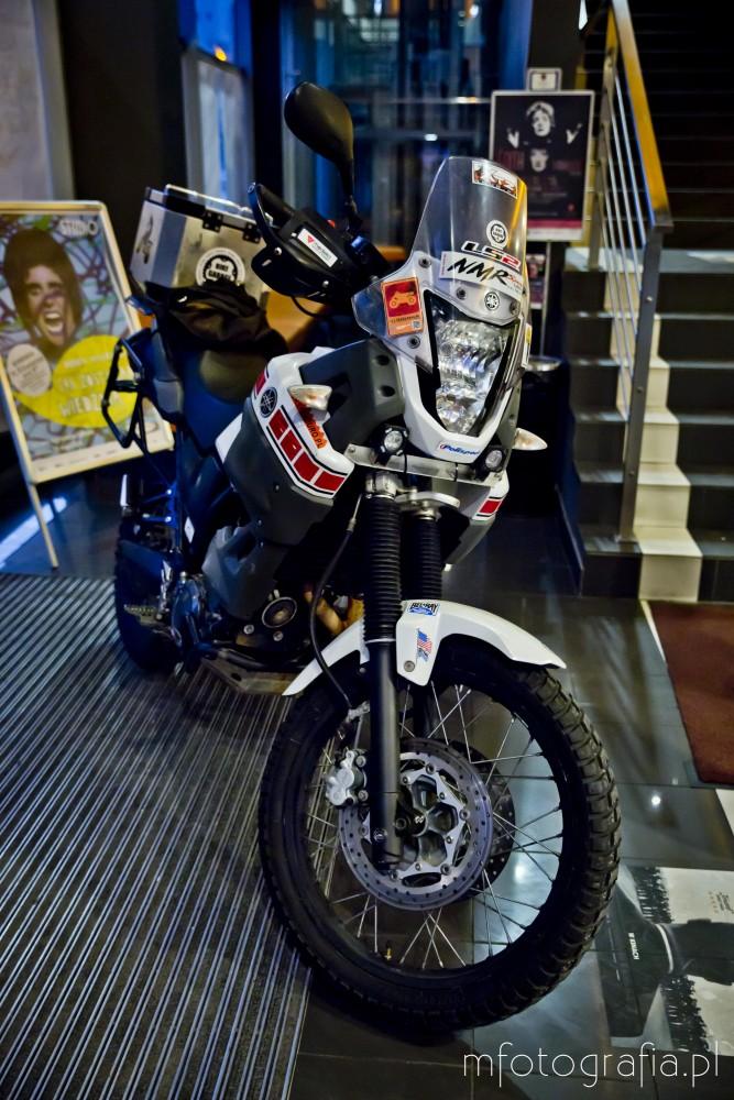 fotografia motocykla - passion4travel w kinie praha