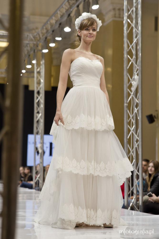 zdjęcie ślubnej sukni boho