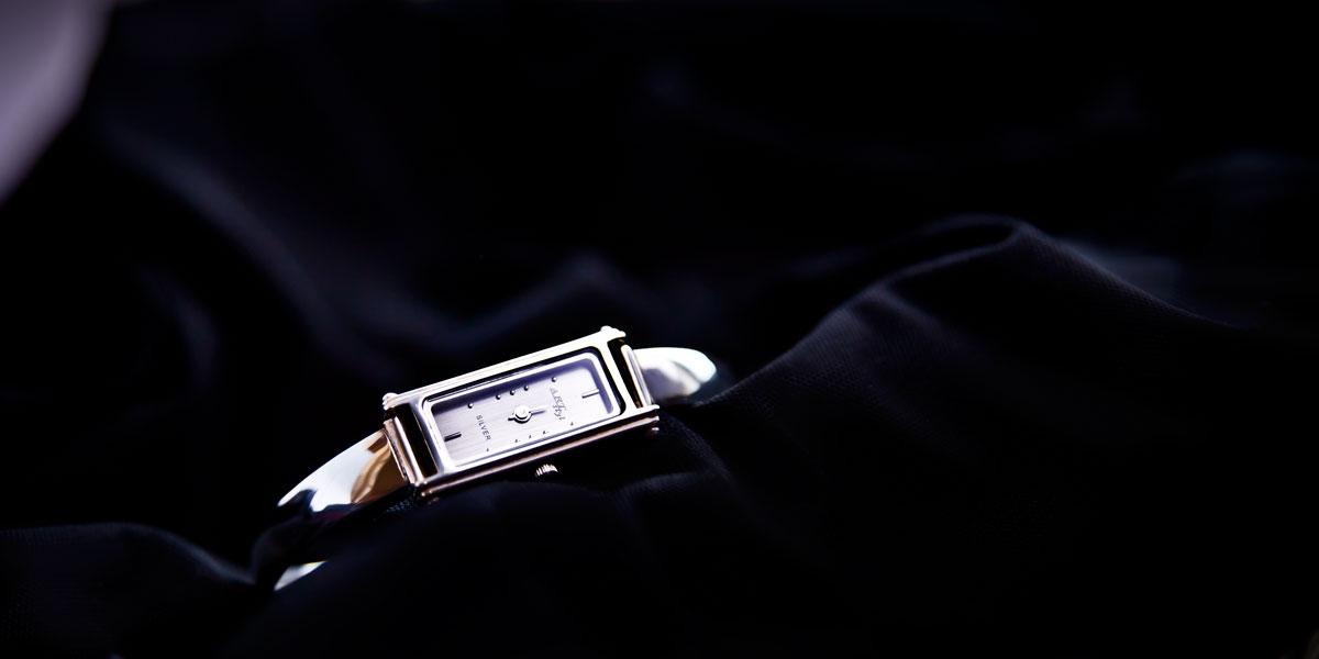 fotografia produktowa zegarek damski ze srebra