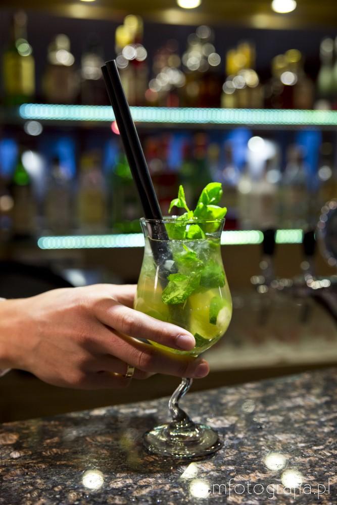 zdjęcie firmowa żywności drinki